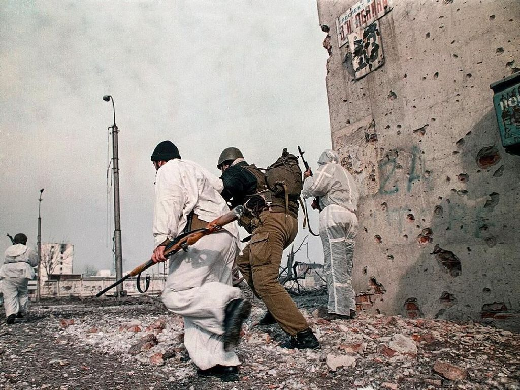 Awal Serangan Darat Rusia yang Tewaskan Ratusan Ribu Warga Chechnya