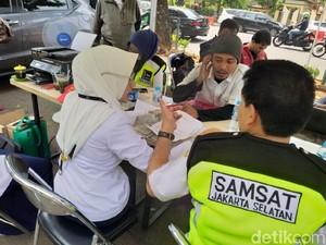 Denda Pajak Kendaraan Dihapus di 8 Provinsi, Jakarta Enggak Kebagian