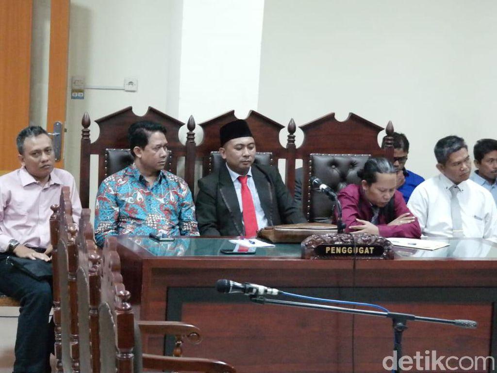 Banding atas Putusan Gugatan PUTN, Suteki: Rektor Undip Inkonsisten