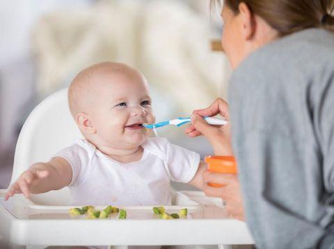Aku Tak Suka Masak, Tapi Demi MPASI untuk Bayiku, Aku Akhirnya Belajar