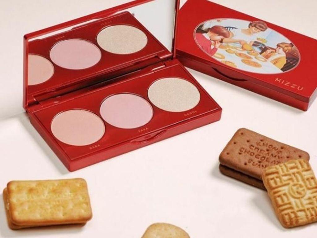 Cute! 5 Kosmetik Ini Terinspirasi Merek Wafer hingga Penyedap Rasa Ternama