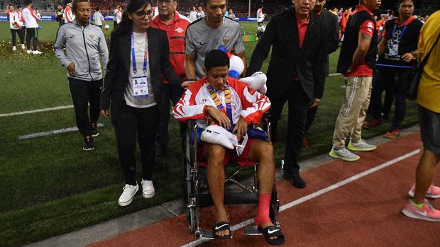 Evan Dimas cedera pergelangan kaki kiri di final SEA Games 2019.