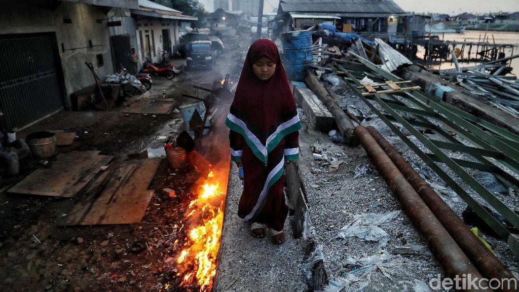 Potret Pilu Permukiman Warga di Pesisir Utara Jakarta