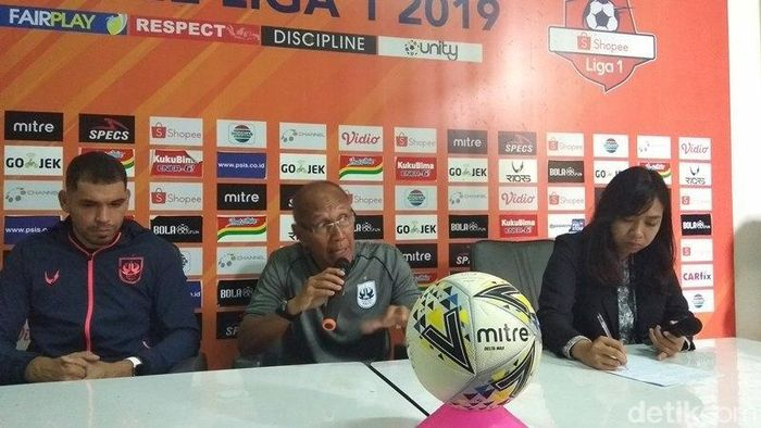 Pelatih PSIS Semarang Bambang Nurdiansyah. (Foto: Eko Susanto/detikSport)