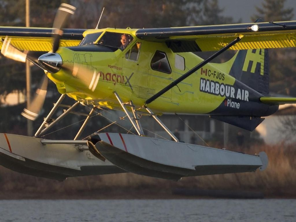 Pesawat Listrik Komersial Ini Sukses Uji Terbang