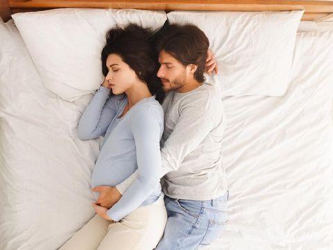 Ilustrasi manfaat hubungan seks bagi ibu hamil