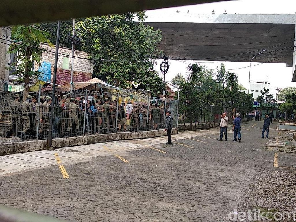 Anarko di Balik Kericuhan di Rumah Deret Tamansari Bandung?