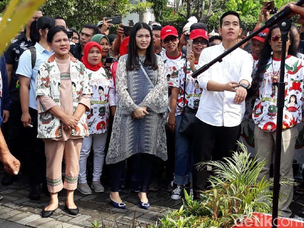 Cerita Iriana Jokowi Salat Tahajud untuk Gibran Rakabuming