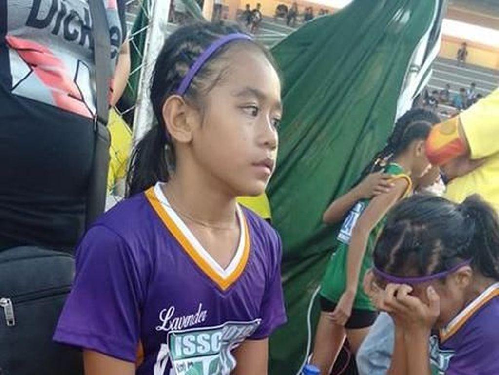 Haru! Gadis 11 Tahun Bikin Sepatu Lari Nike dari Perban Raih 3 Medali