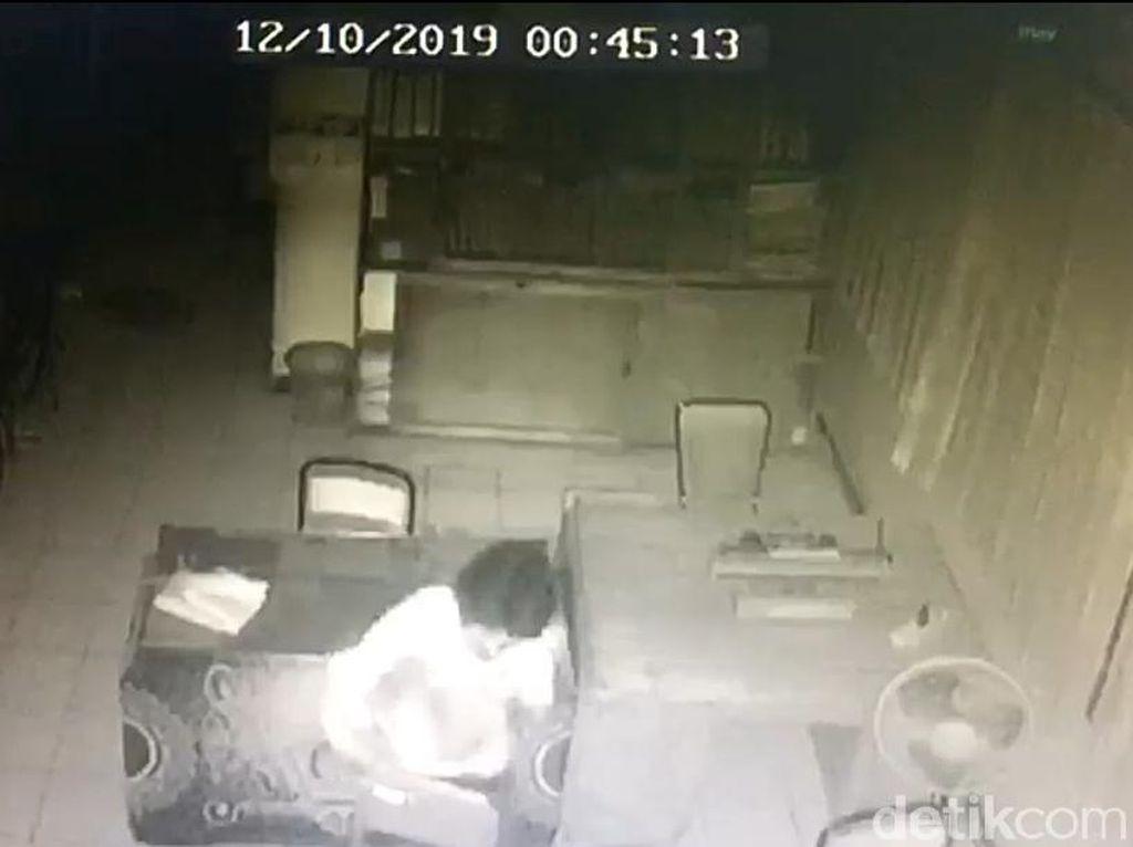 Pencurian 200 Pasang Buku Nikah di KUA Siman Ponorogo Diselidiki