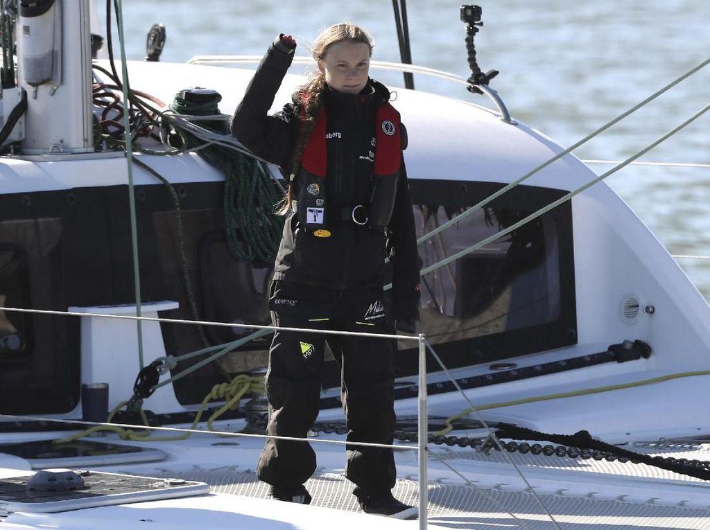 Lintasi Atlantik, Ikon Global Greta Thunberg Memilih Naik Perahu Layar