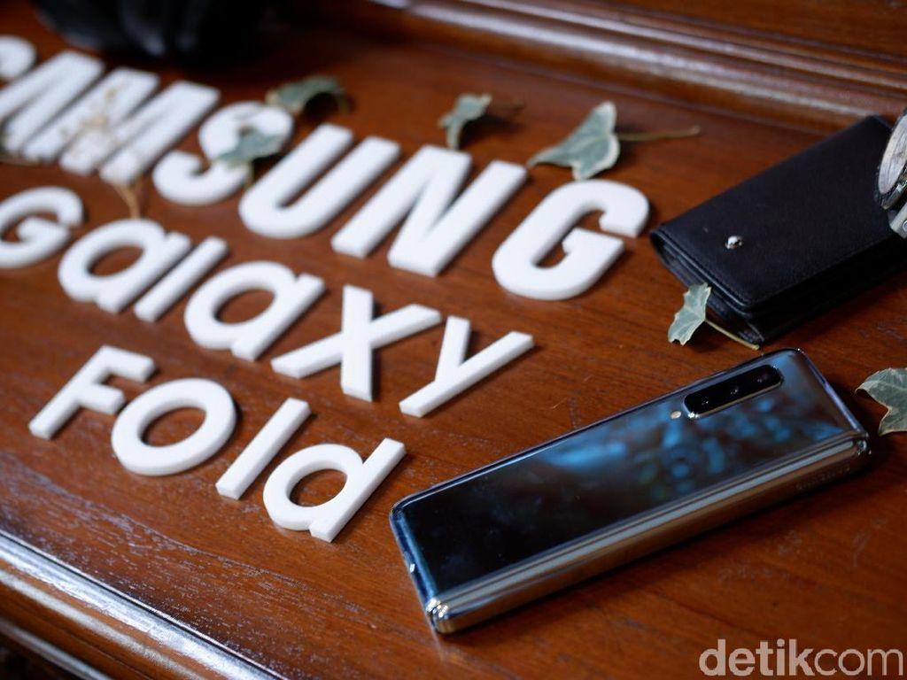 Inikah Wujud Galaxy Fold 2, Samsung?