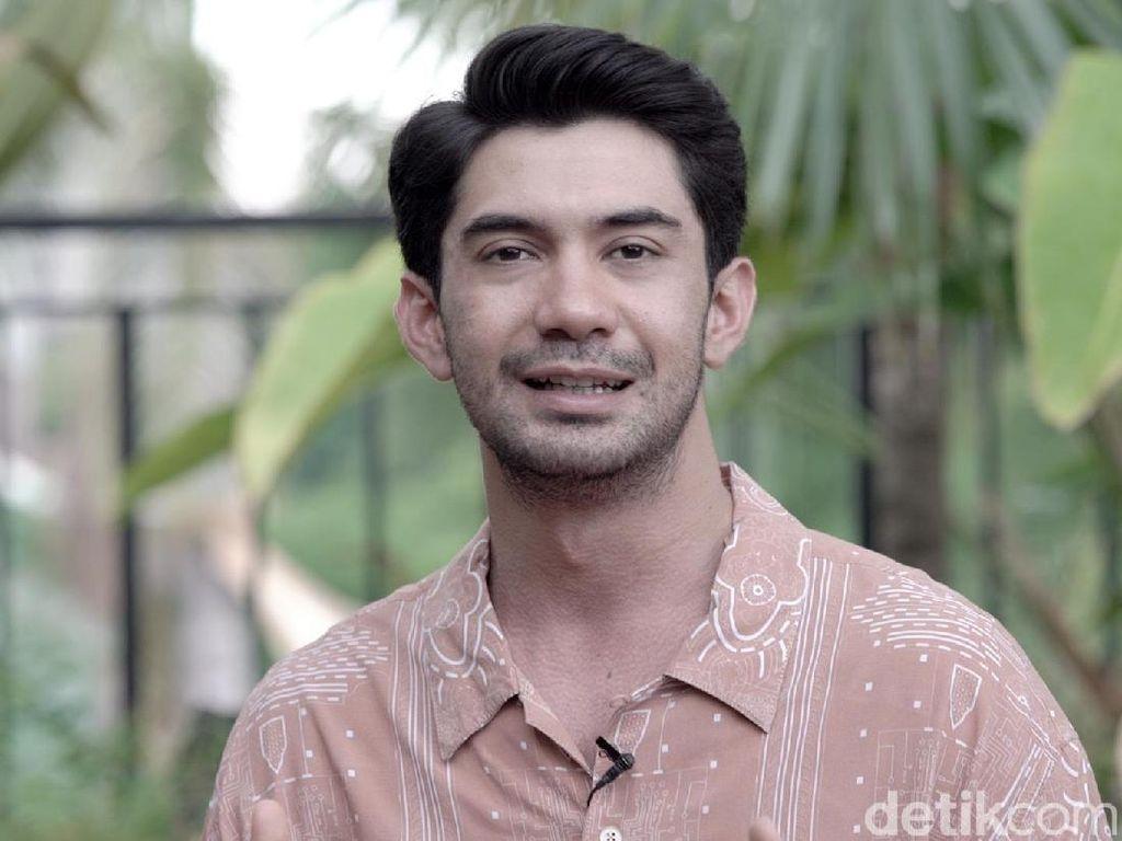 Transformasi Dramatis Wajah Reza Rahadian Jadi Eyang BJ Habibie