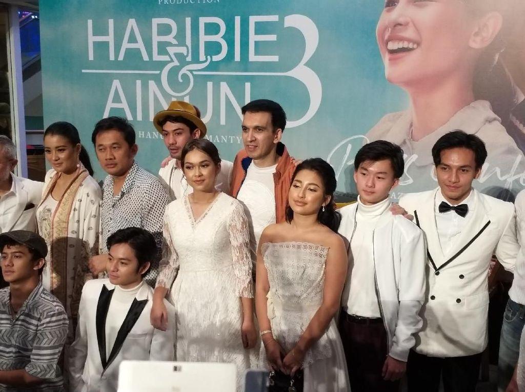 Habibie & Ainun 3 Bawa Pesan Tentang Darah Indonesia