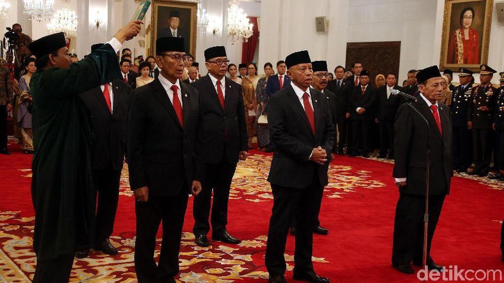 Momen Jokowi Lantik Dewan Pertimbangan Presiden