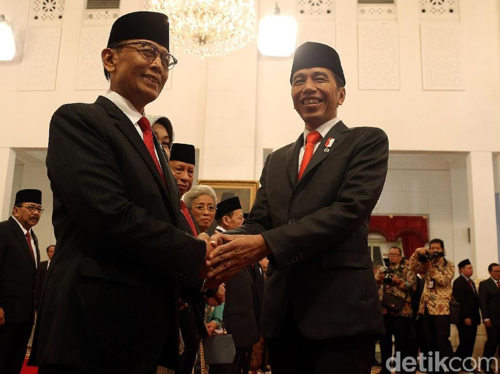 Wiranto Paham Obsesi Jokowi