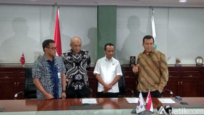 Foto: MoU Lotte Chemical dan Krakatau Steel (Trio Hamdani - detikcom)