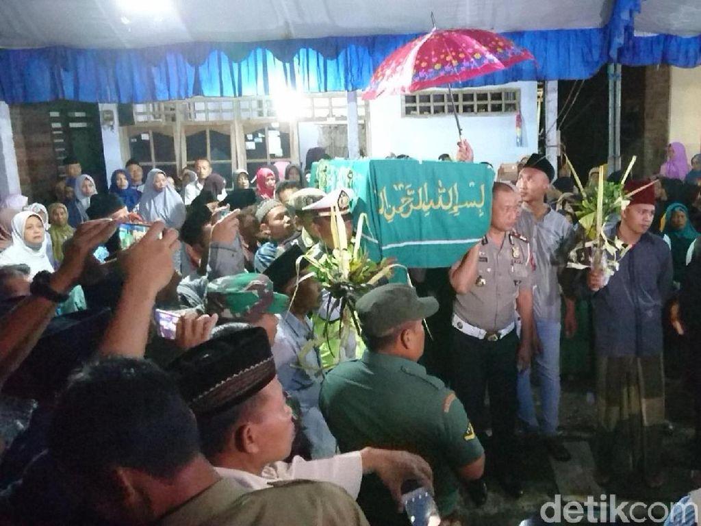 Kedatangan Jenazah TKI yang Dibunuh di Malaysia Disambut Hujan Tangis