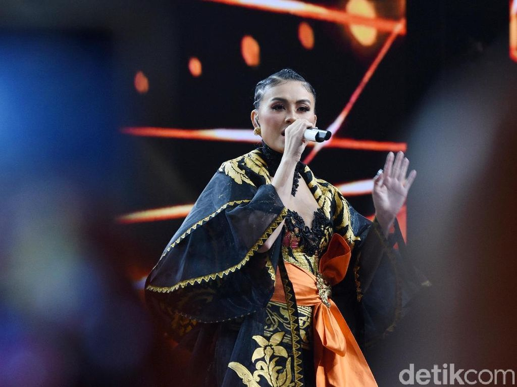 iHeartRadio Music Awards 2020, Kamu Vote Agnez Mo atau Stephanie Poetri?