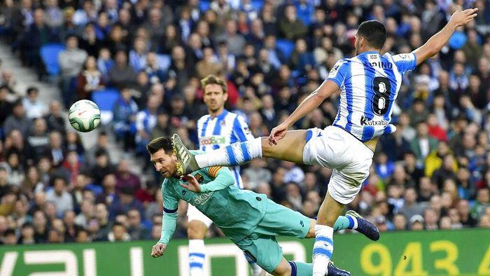 Barcelona ditahan Sociedad dengan skor 2-2 di Liga Spanyol. (Foto: Alvaro Barrientos / AP Photo)