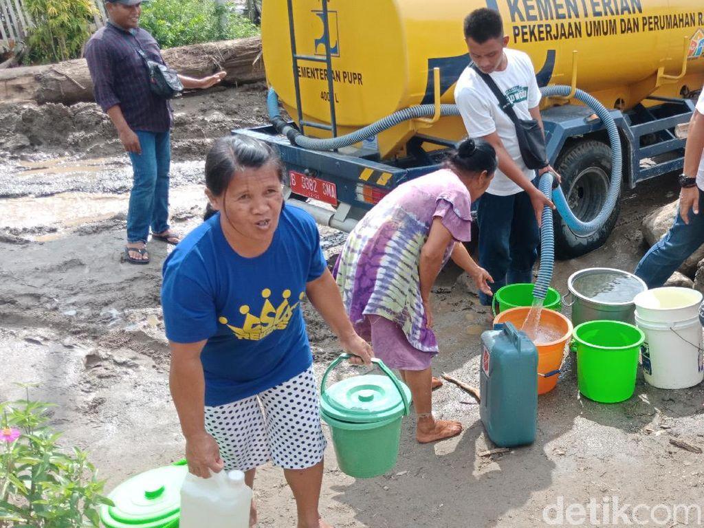 Korban Banjir Bandang di Sigi Krisis Air Bersih