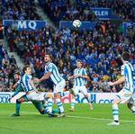 Busquets Geram Barcelona Tak Dapat Penalti Saat Hadapi Sociedad