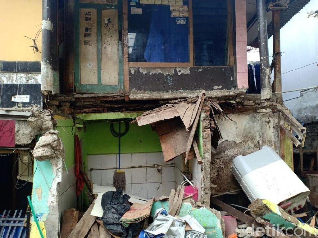 Rumah Ambruk Gegara Proyek DKI Diperbaiki, Warga Ingin Dibantu Ngontrak