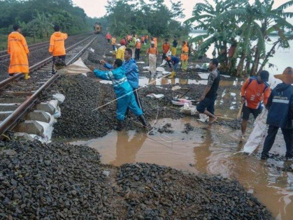 Tebing Tinggi Banjir, Kereta Tujuan Siantar Dibatalkan