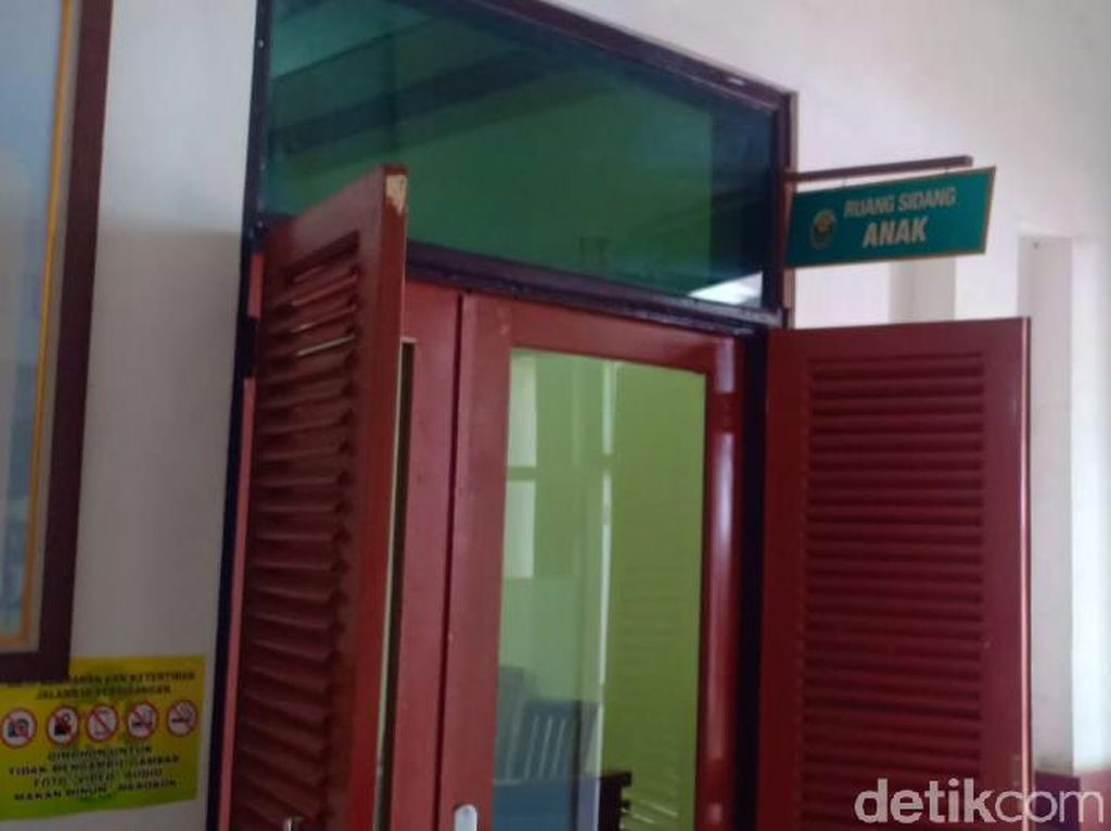 7 Terdakwa di Bawah Umur Anggota Geng Kampung Jawara Jalani Sidang Dakwaan