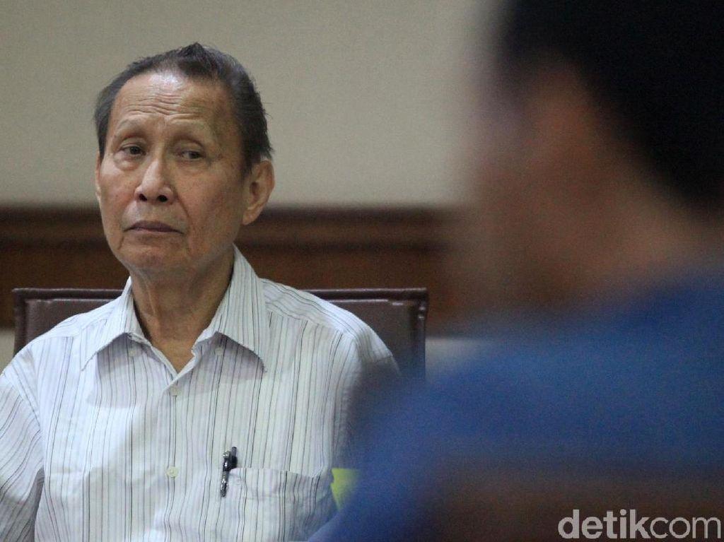 Terbukti Suap Eks Dirut PTPN III, Pengusaha Pieko Divonis 16 Bulan Penjara