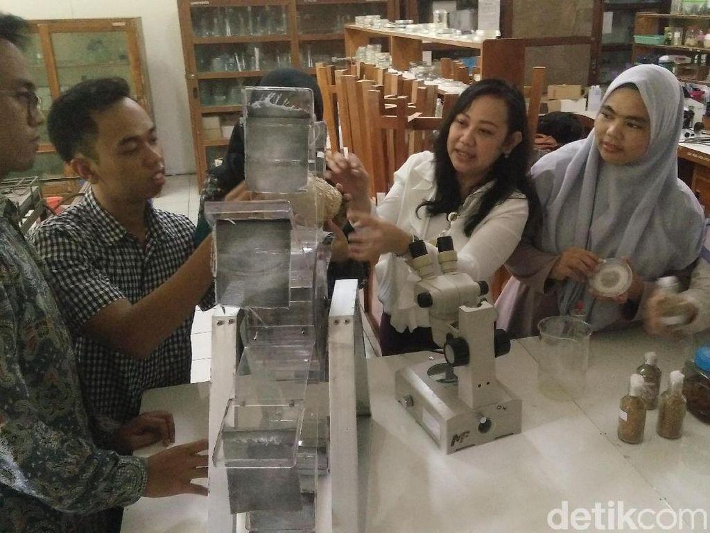 Alat Pemurni Limbah Batik Ciptaan Unsoed Sabet Medali di Korea
