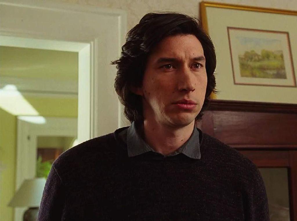 Penampilannya di Film Diputar, Adam Driver Cabut dari Sesi Wawancara