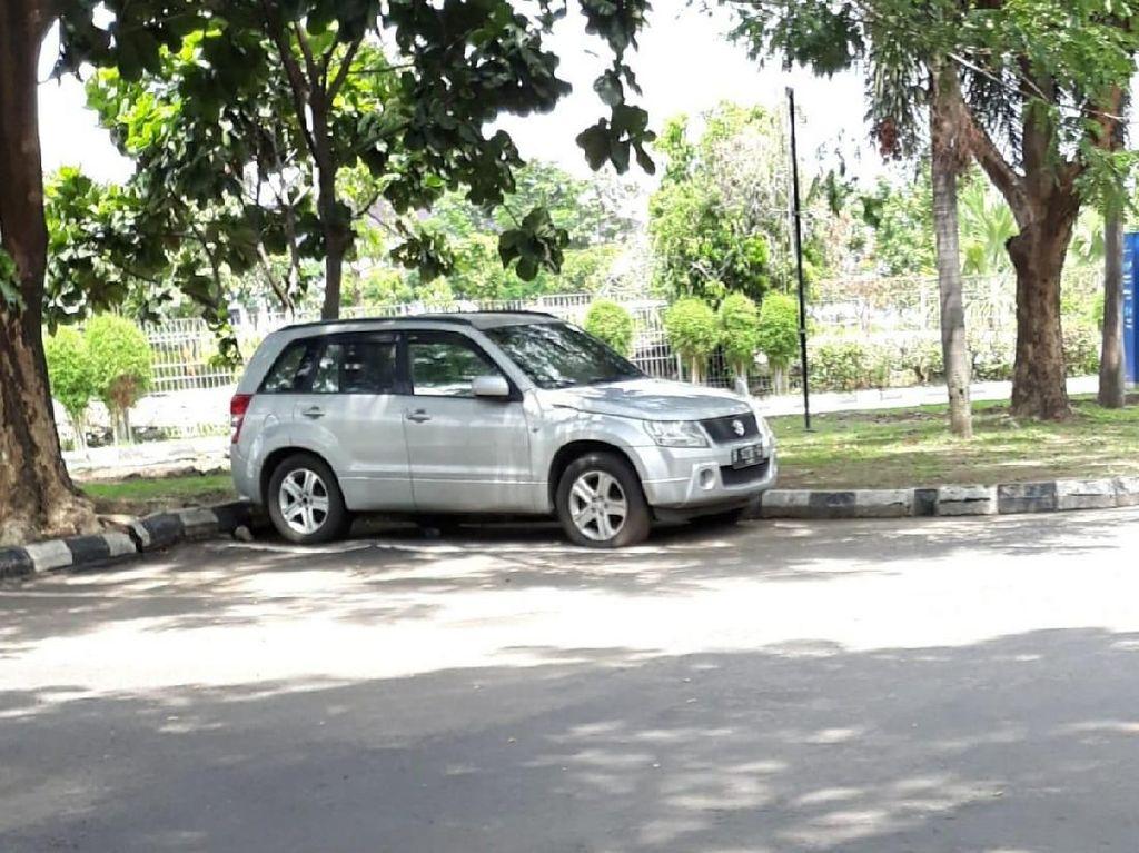 Ada Mobil dan Motor Parkir 5 Bulan di Bandara Solo, Ongkosnya Jutaan!