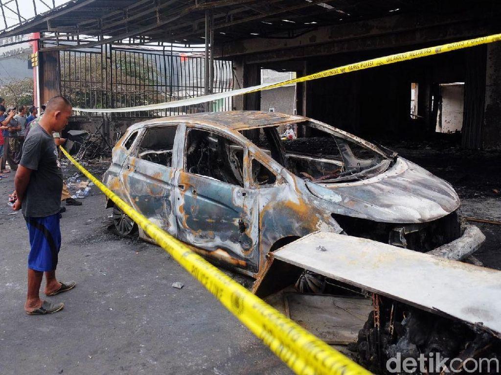 Berita Hari Ini di Jabar: 3 Tewas Akibat Kebakaran hingga Teror Kobra