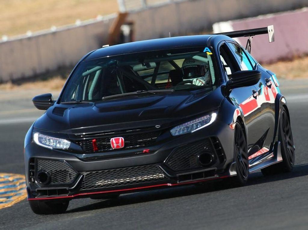 Tampang Honda Type R Versi Balap yang Dijual