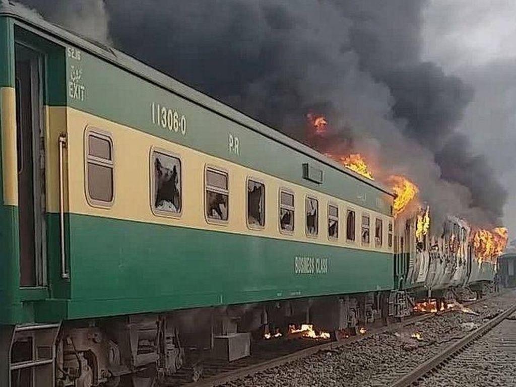 Tragis! Karena Masak Sarapan, 75 Penumpang Kereta Ini Tewas di Pakistan