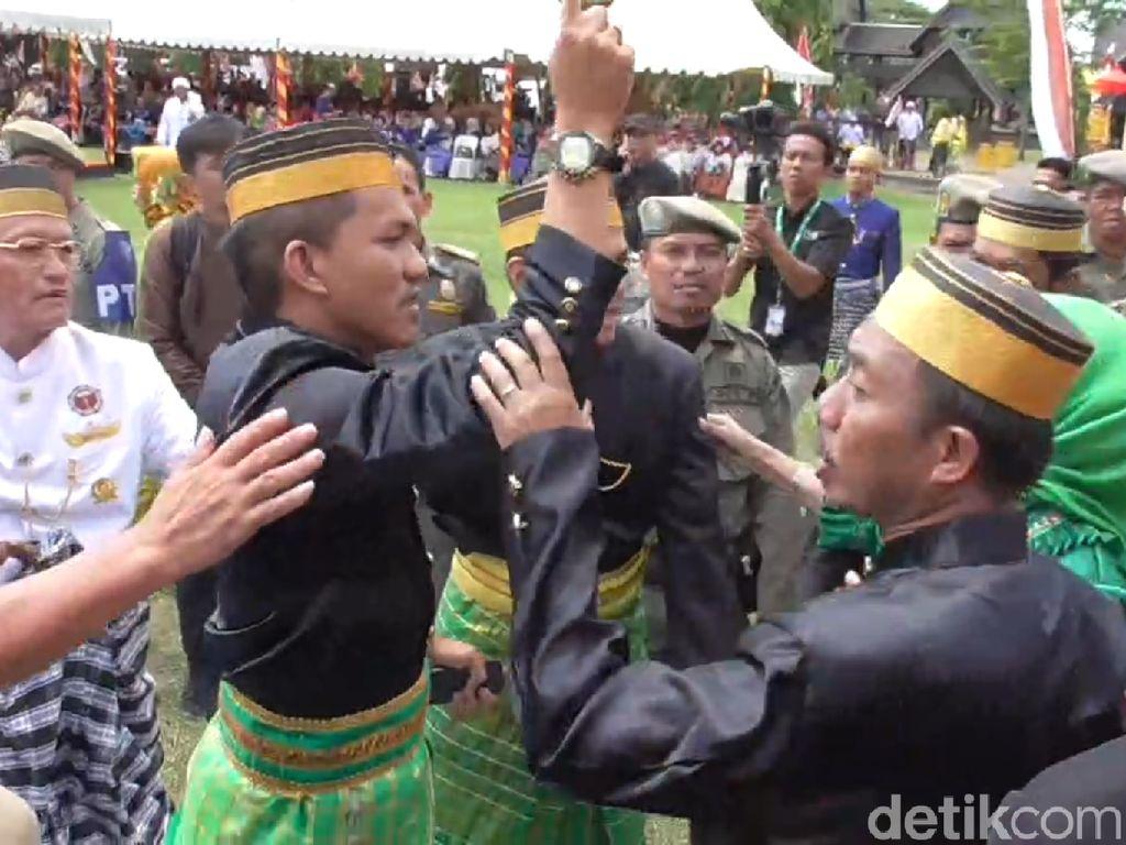 Festival Maradika Mamuju Sempat Ricuh Gara-gara Protes Galagar Pitu