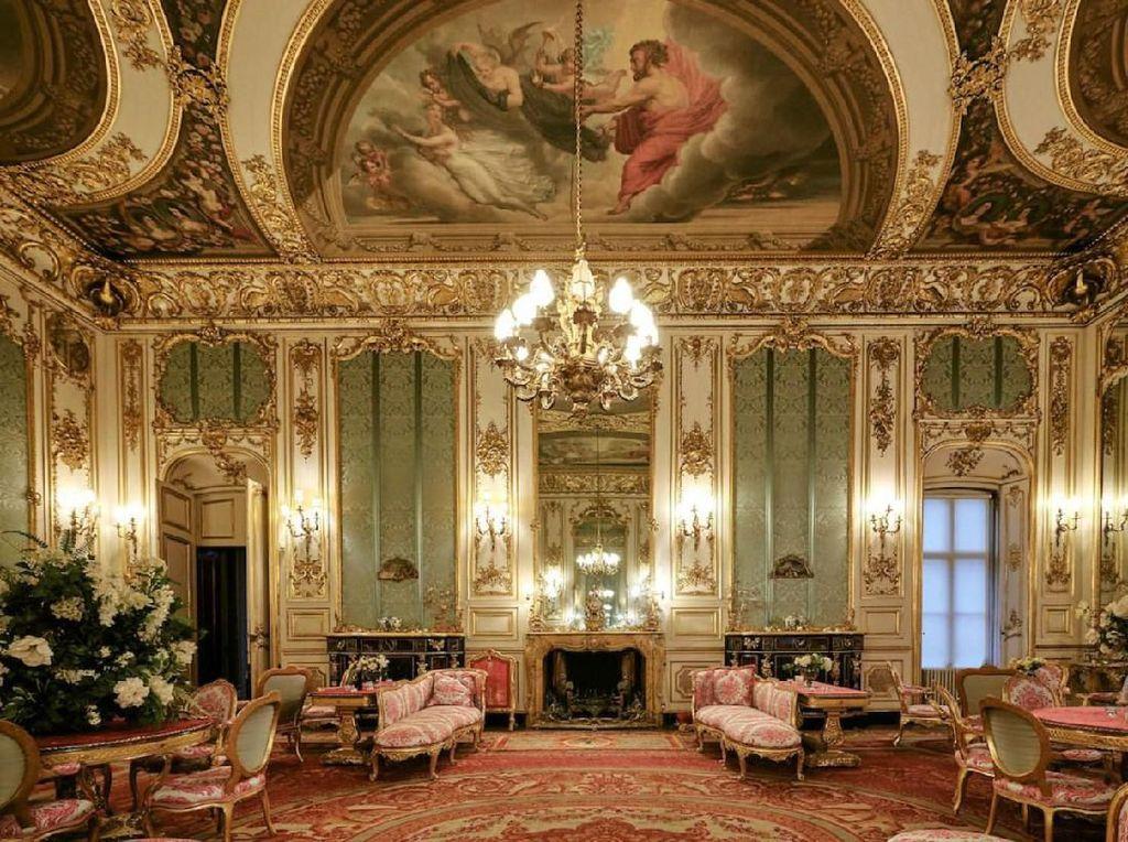 Kastil Mewah Kerajaan Inggris yang Dijadikan Penginapan Rp 4,6 Juta Semalam