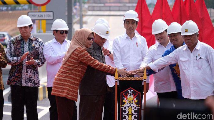 Jokowi Minta Jalan Pertama ke Ibu Kota Baru Dibangun Tahun Depan
