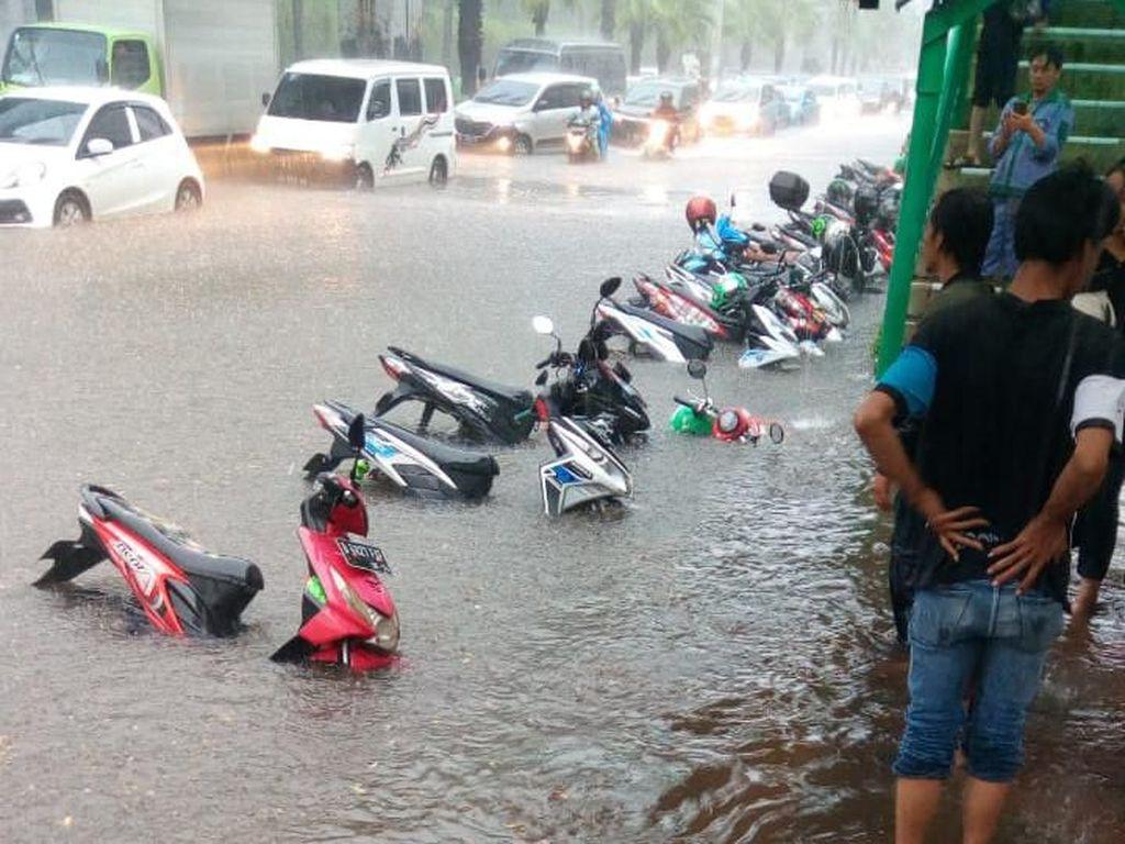Soal Banjir Jakarta, Pemprov DKI: Durasinya Tak Lama, 20 Menit Surut
