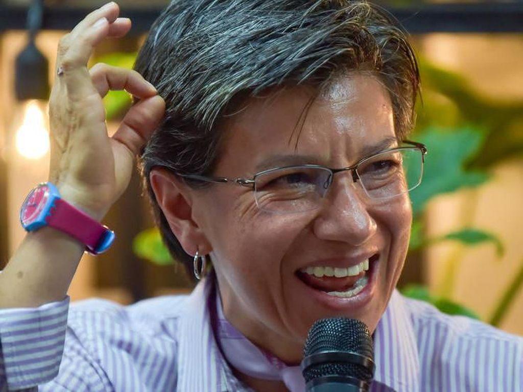 Wanita Pertama yang Jadi Wali Kota Bogota Nikahi Pacar Perempuannya