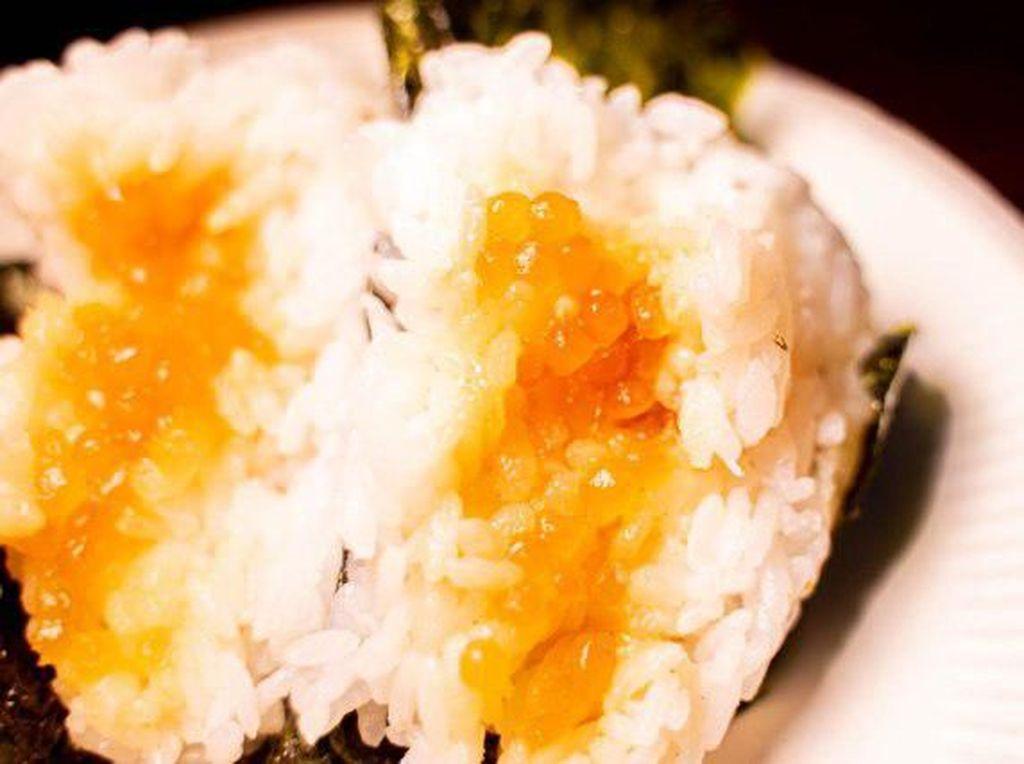 Oishii! Kini Ada Onigiri Isi Boba dengan Sensasi Pecah di Mulut
