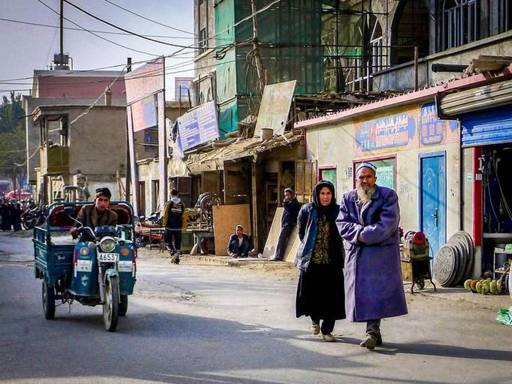 Tentang Muslim Uighur, Etnis Muslim di China yang Dibela Mesut Oezil