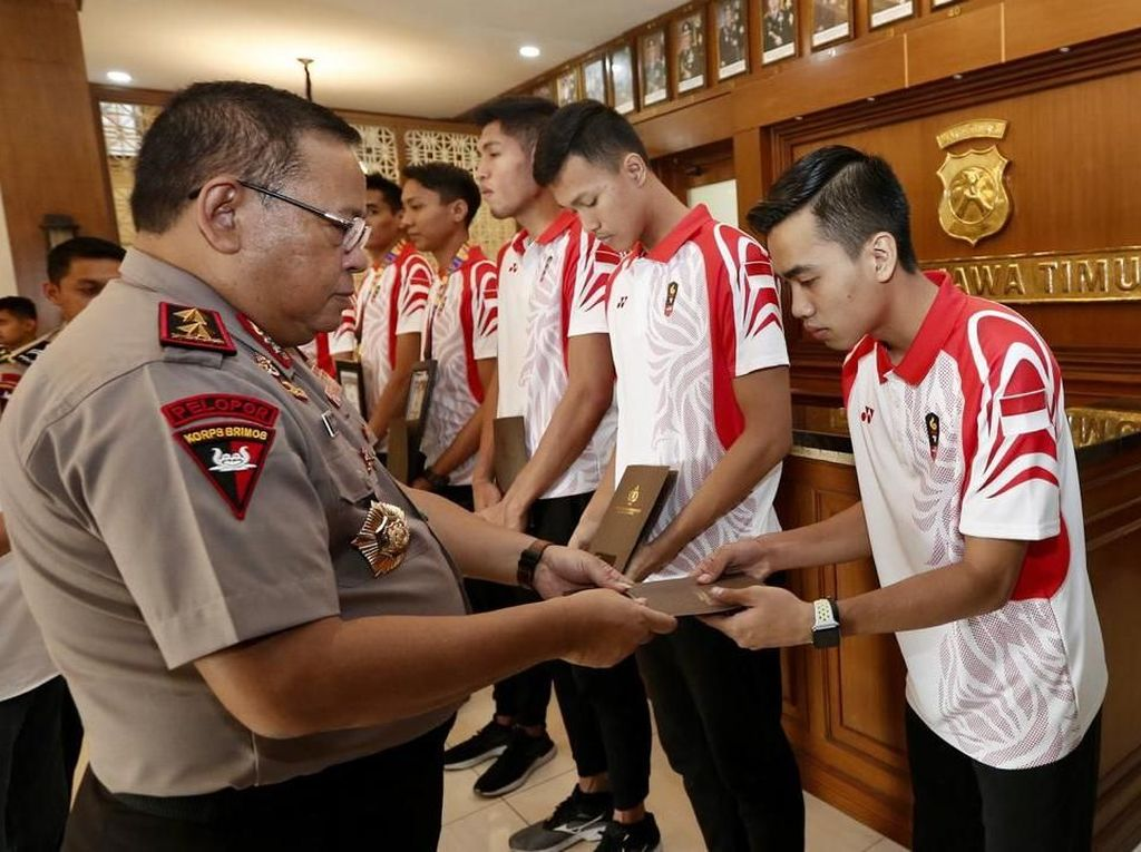 Sabet Emas Bola Voli SEA Games 2019, Anggota Polda Jatim Diguyur Bonus
