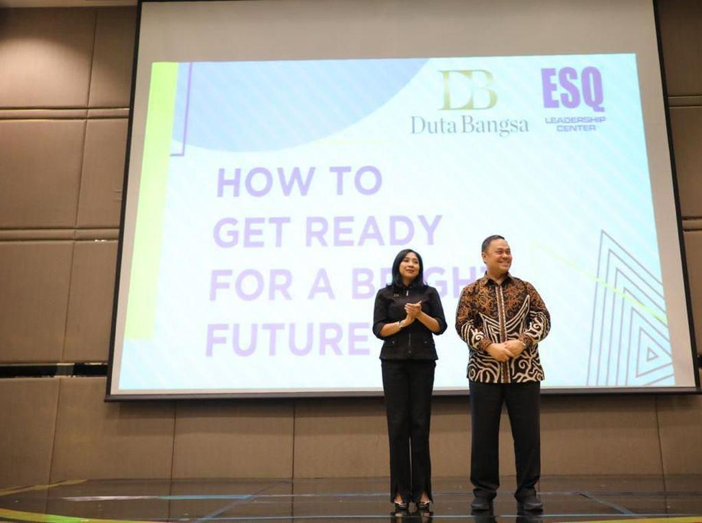 Duta Bangsa-ESQ Inisiasi Training How to Get Ready for a Bright Future
