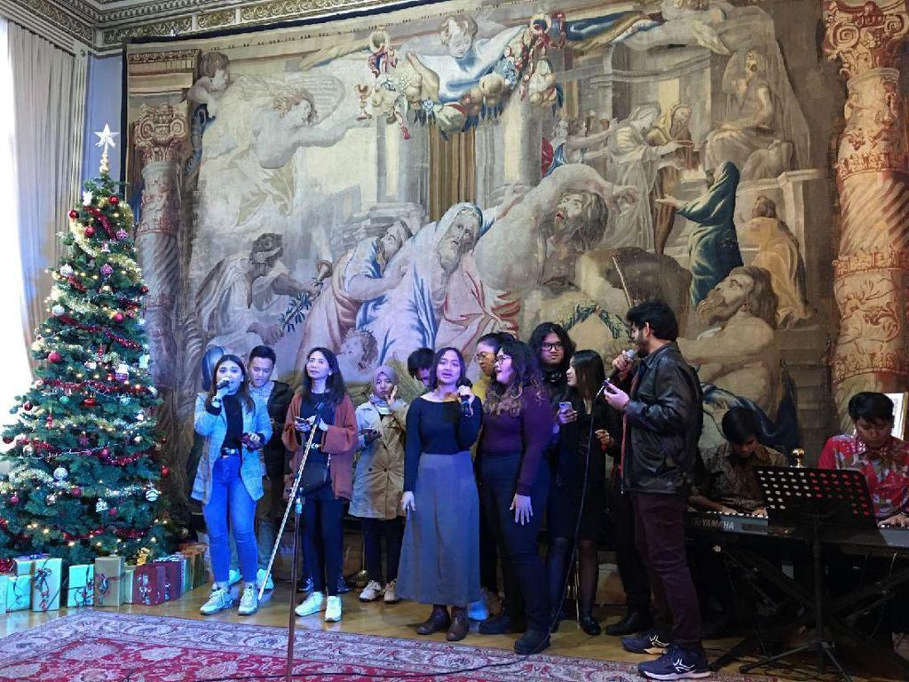 Hangat dan Meriah, Suasana Natal Masyarakat Indonesia di Roma