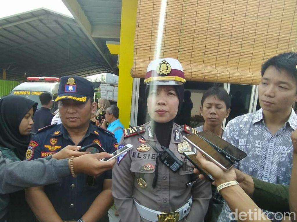 Sambut Tahun Baru, Polisi Rekayasa Lalin di Jalur Wisata Cirebon