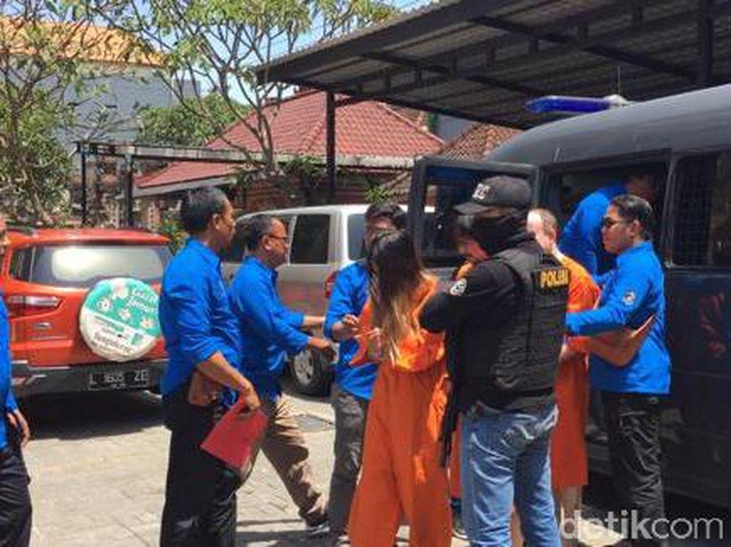 2 Kurir Asal Hong Kong Ditangkap di Bali, 7,35 Kg Sabu Disita