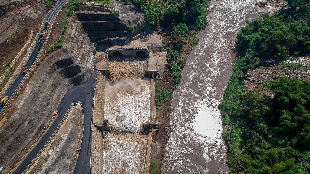 Melihat Uji Coba Terowongan Penangkal Banjir Citarum