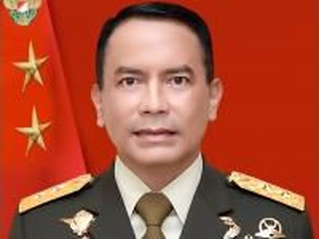 Mayjen Santos Jabat Pangdam Merdeka, Mayjen Andi Jadi Pangdam Hasanuddin
